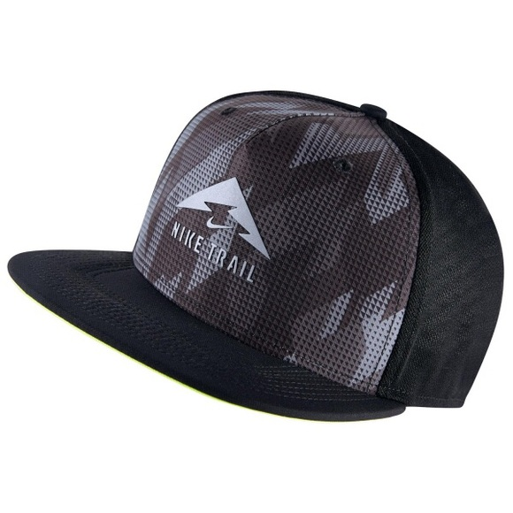 d13025e9 Nike Trail Aerobill Trucker Hat | Black - Volt NWT